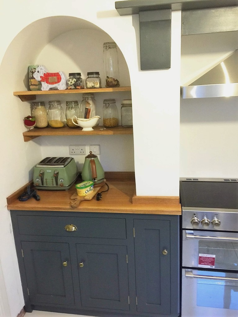 Fully bespoke, fitted shaker style kitchen hand made from solid wood.