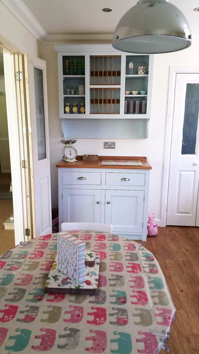 hand built solid wood shaker made to measure kitchen